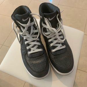 Nike Air Scandal Mid Hi Gray Metallic